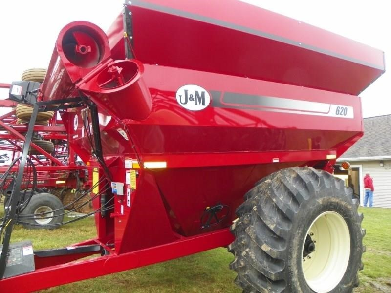 2019 J&M 620-14 Grain Cart