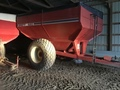 2004 Brent 620 Grain Cart