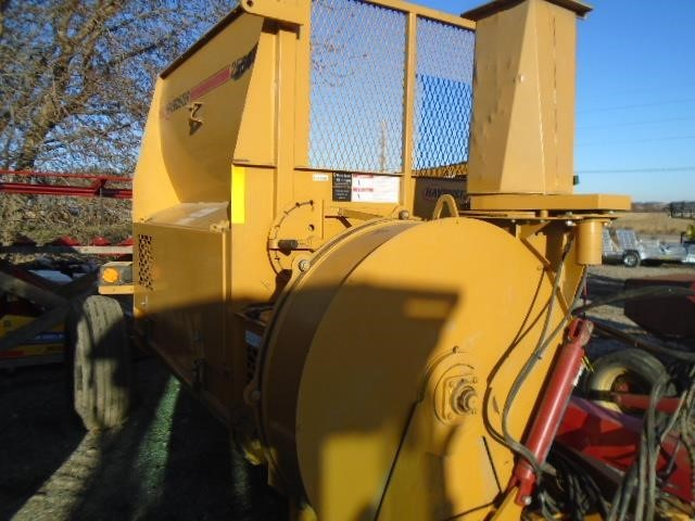 2015 Haybuster 2564 Grinders and Mixer