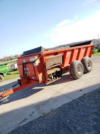2010 Knight 8118 Manure Spreader