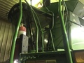 2004 John Deere 9560 Combine