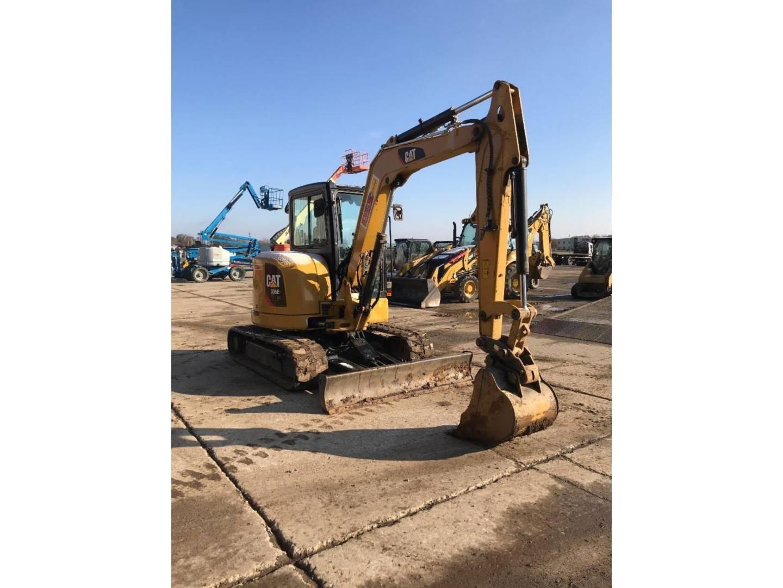 2015 Caterpillar 305E2 CR Excavators and Mini Excavator