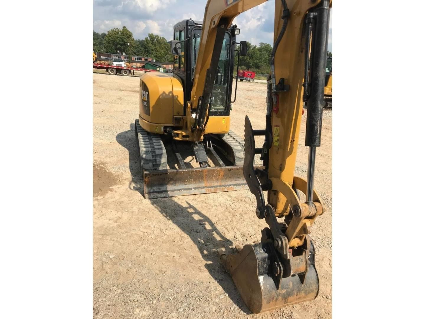 2016 Caterpillar 305E2 CR Excavators and Mini Excavator