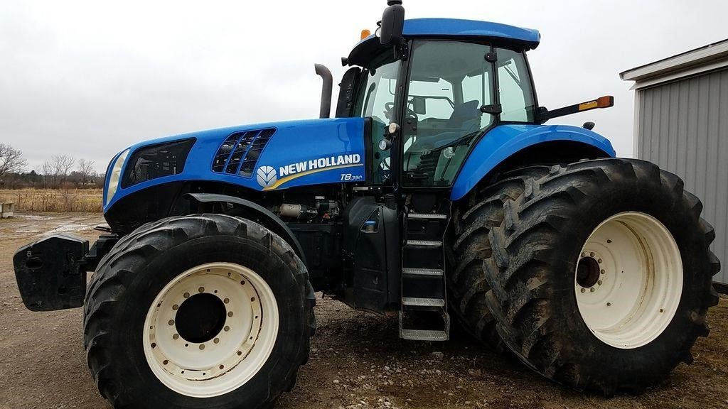 2013 New Holland T8.390 Tractor
