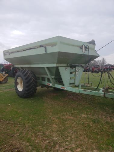 2007 Parker 810 Grain Cart