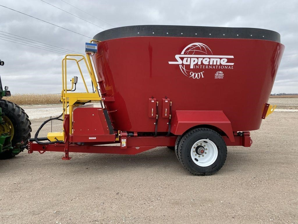 2020 Supreme International 900T Grinders and Mixer