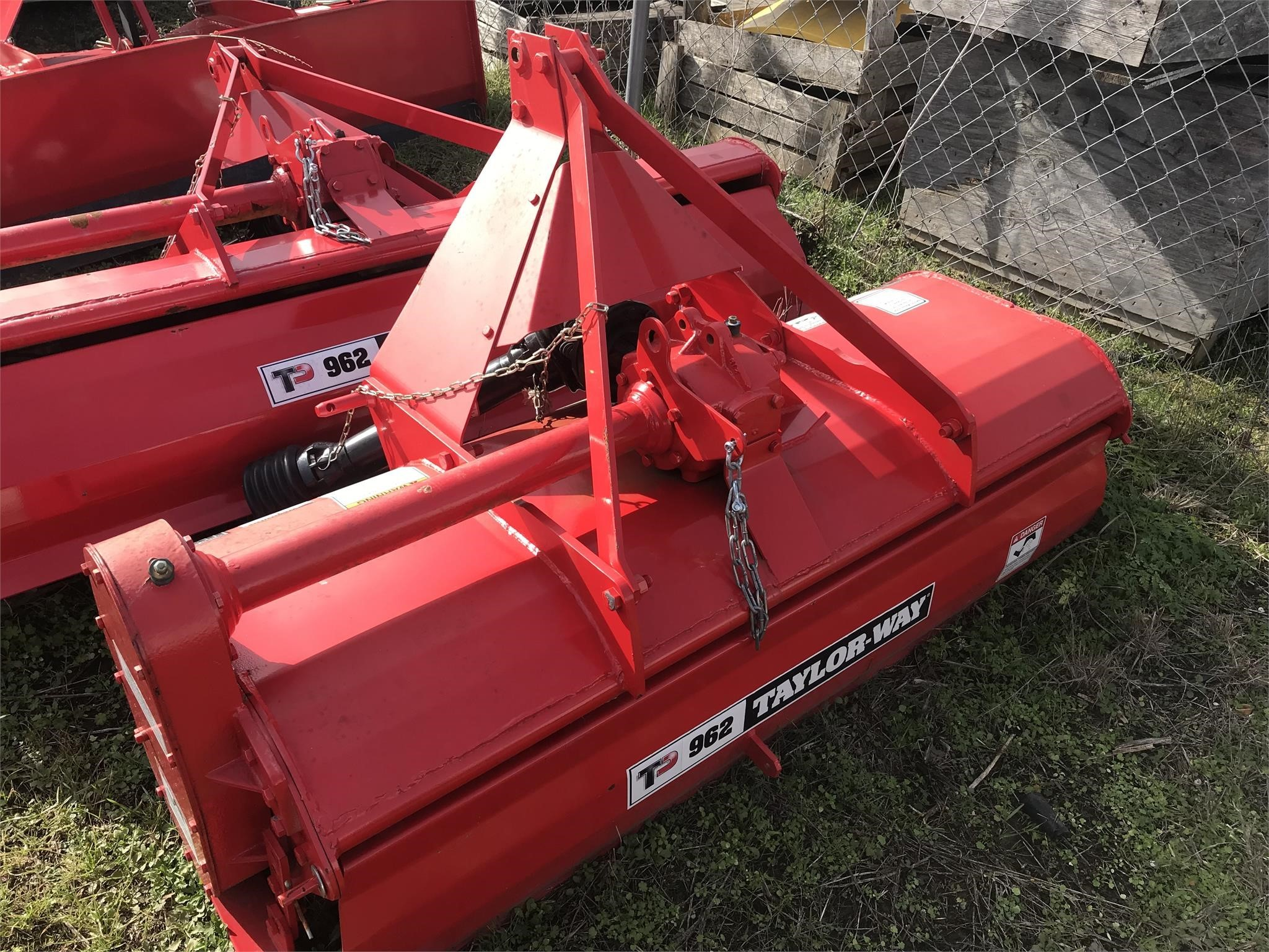 2017 Taylor Way 962GDT60 Mulchers / Cultipacker