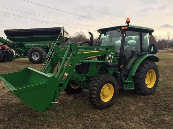 2018 John Deere 5075E Tractor