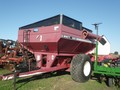 Brent 620 Grain Cart