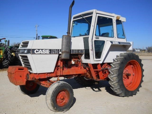 1982 J.I. Case 2090 Tractor