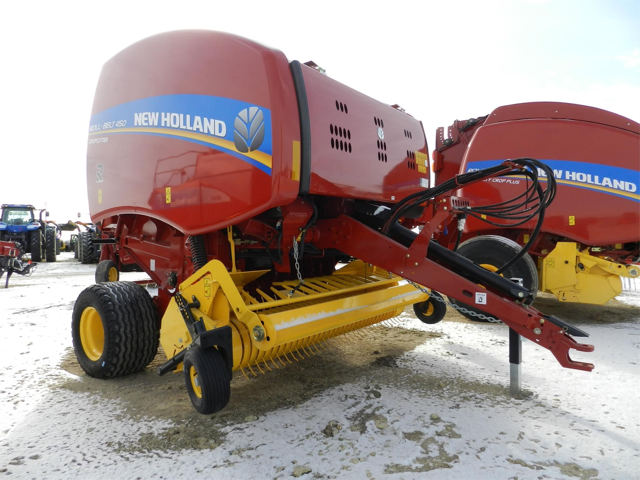 2020 New Holland Roll-Belt 450 Round Baler