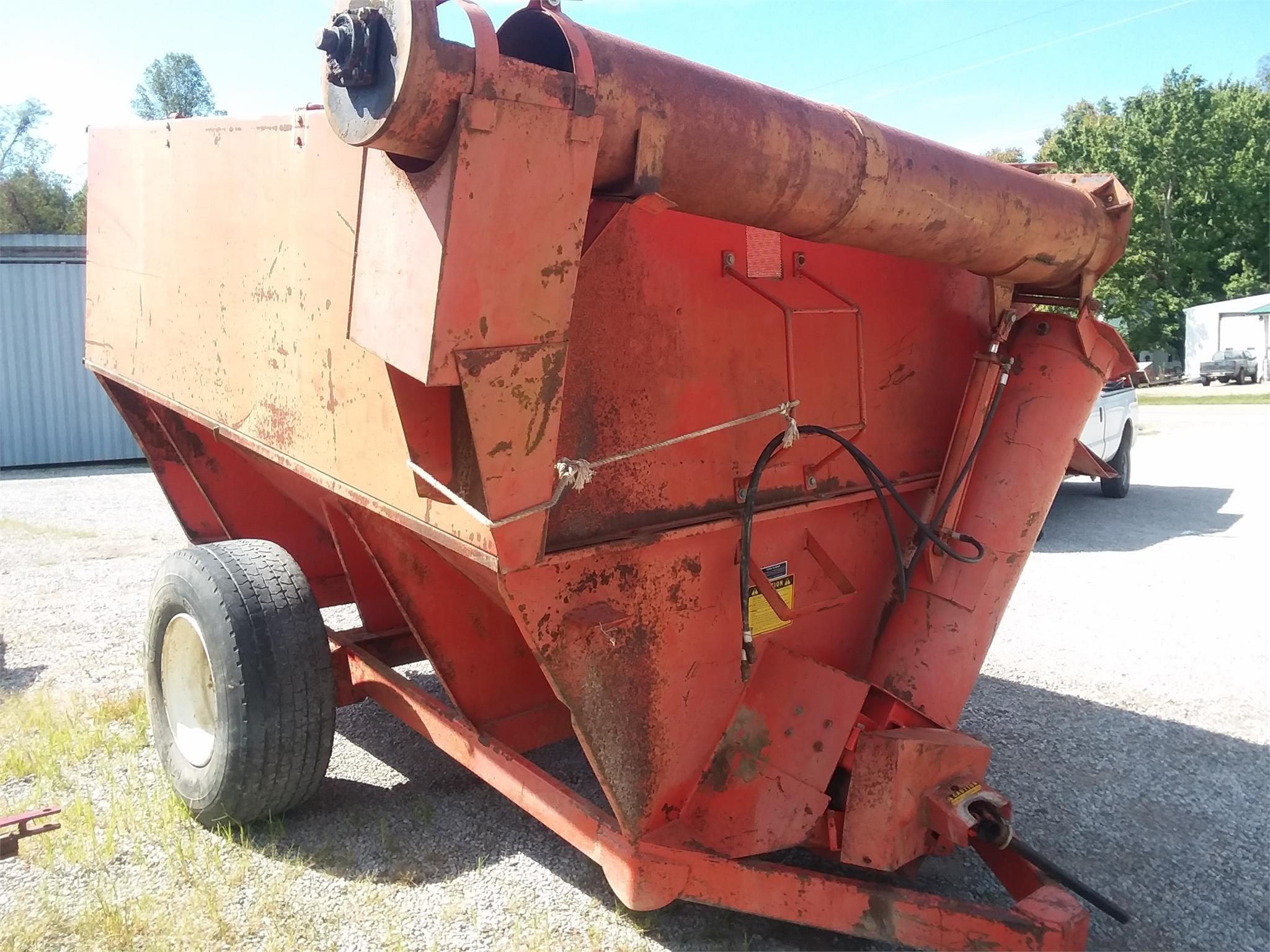 Caldwell 400 Grain Cart