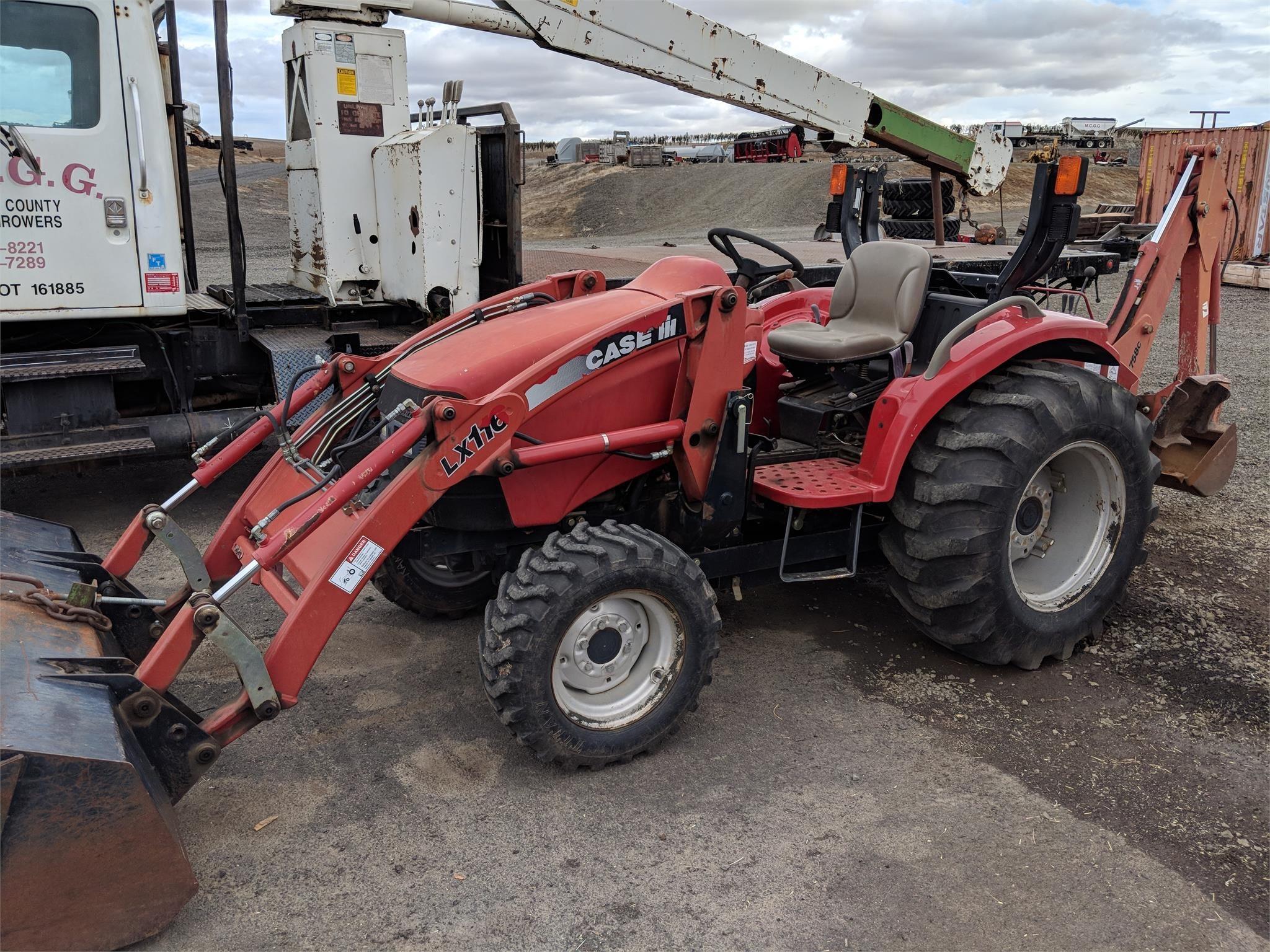 Case IH D35 Tractor