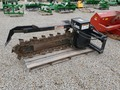 2007 Lowe 21C Loader and Skid Steer Attachment
