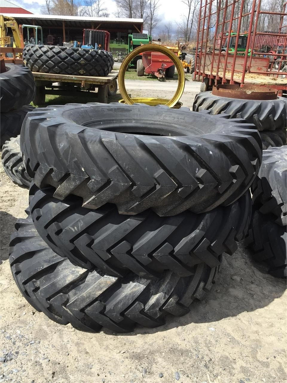 Mansfield 16.00X25 Wheels / Tires / Track