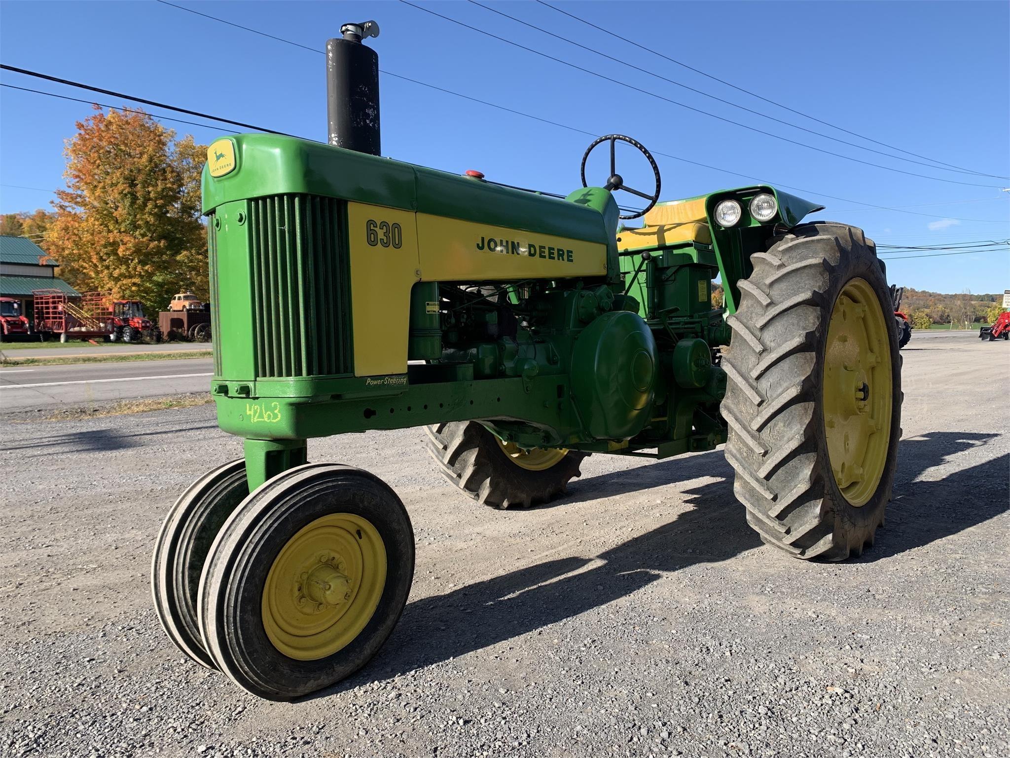 John Deere 630 Tractor
