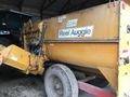 Knight 2250 Reel Mixer Feed Wagon