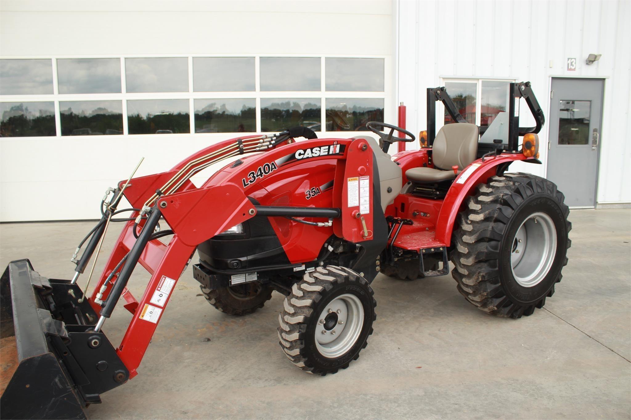2015 Case IH FARMALL 35A Tractor