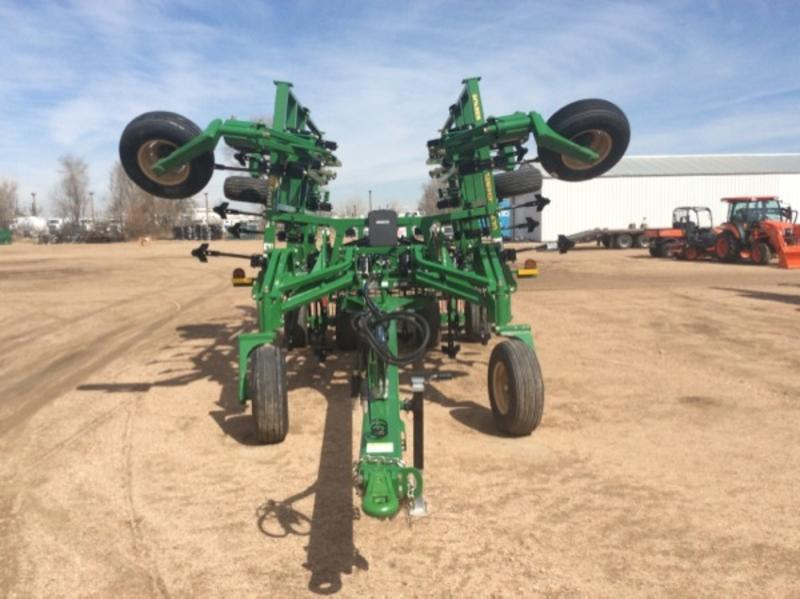 Great Plains 6321UC-09 V Ripper