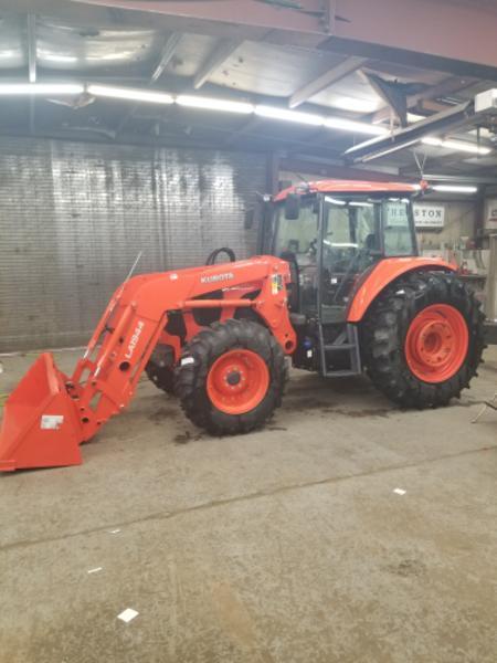2018 Kubota M6S-111SHDC Tractor
