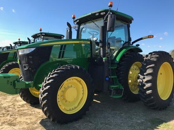 2019 John Deere 7210R Tractor