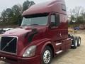 2012 Volvo VNL64T630 Semi Truck