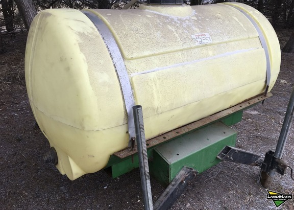 Agri-Products 300 GALLON SINGLE WHEEL CONFIGURATION Tank