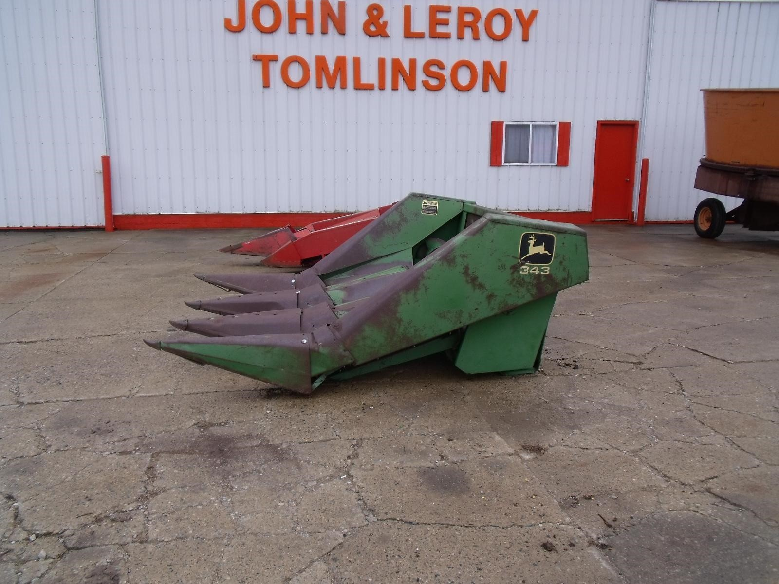 John Deere 343 Corn Head