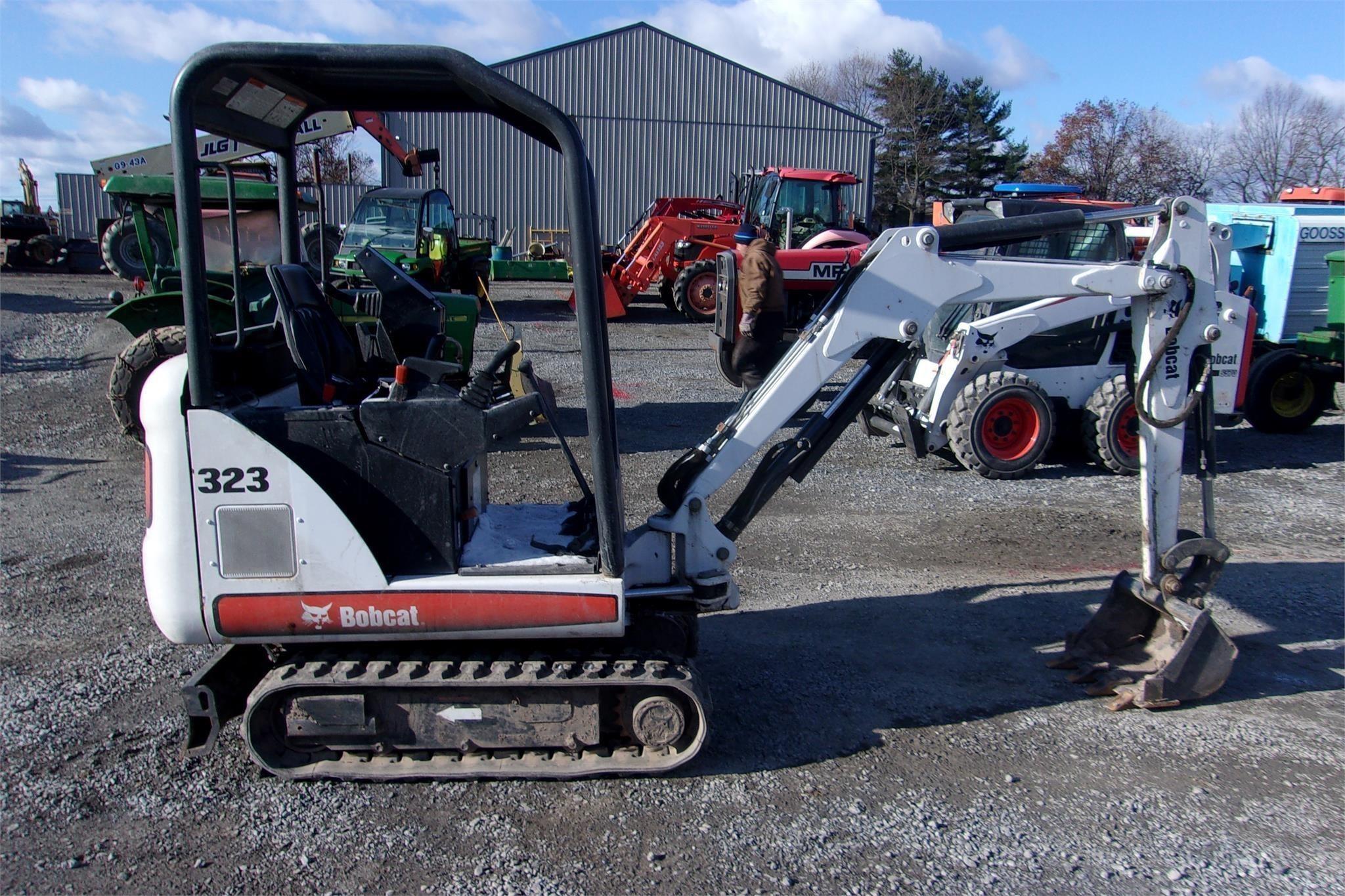 2008 Bobcat 323 Excavators and Mini Excavator