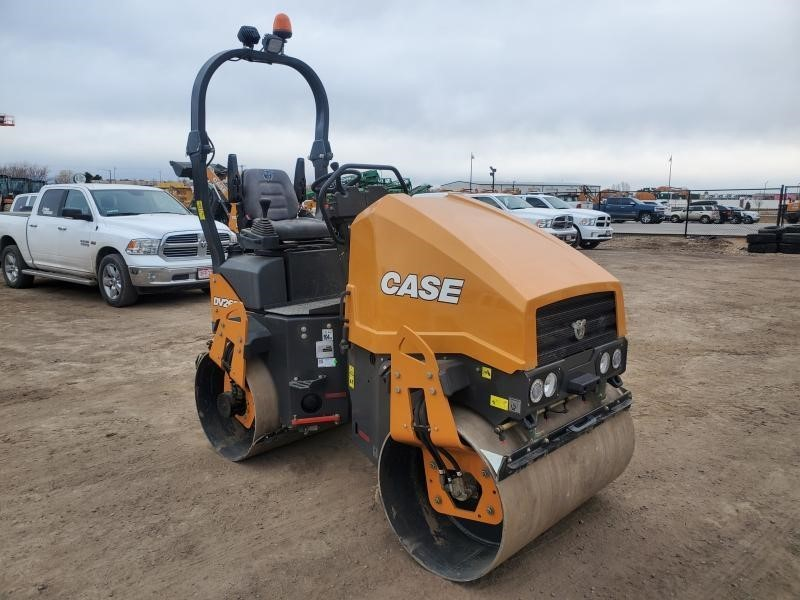 2020 Case DV26 Compacting and Paving