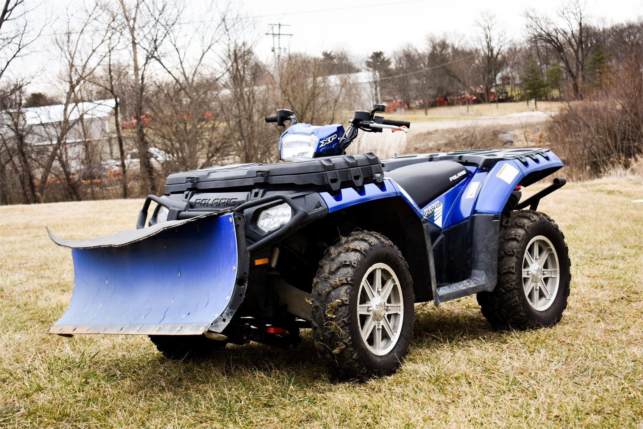 2015 Polaris Sportsman 850 ATVs and Utility Vehicle
