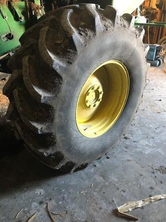 2014 Firestone 600/70R28 Wheels / Tires / Track