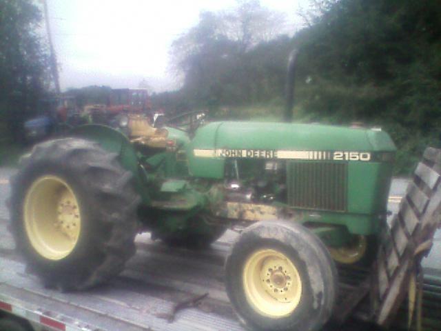 John Deere 2150 Tractor