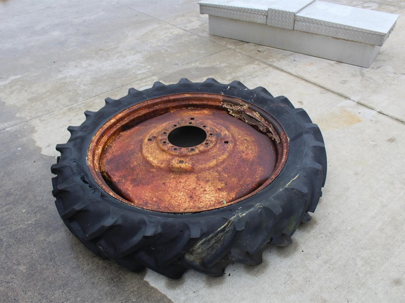 Used Co Op Wheels Tires Tracks For Sale Machinery Pete